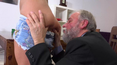 Delivery girl Chrissy Fox riding an old man & getting covered in cum