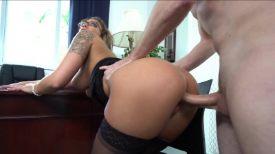 Layla London gargling repairman's cum after a hard office fuck