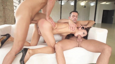 Lusty Roxy Dee consumes two cocks at once