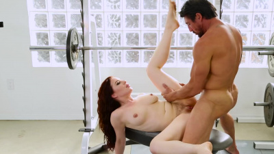 Sexy Jessica Ryan moaning with pleasure as gym buddy stretches the deepest part of her hungry hole