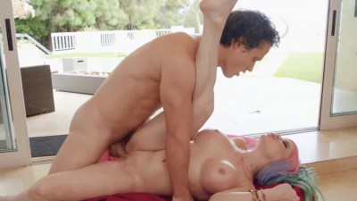 Busty beauty Nikki Delano amazing anal fuck session