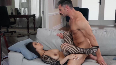 Perfect asian Jade Kush stretched by her man