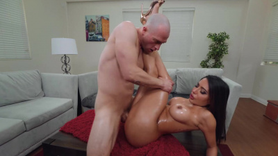 Bubble-assed Lela Star oily dick riding
