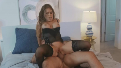 Horny stud pounds Megan Rain's pussy and unloads all over face