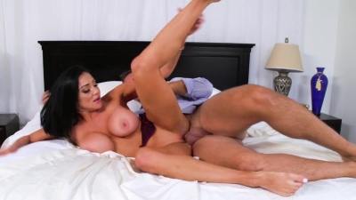 Sneaky Audrey Bitoni gets her pussy drilled behind her husband's back