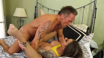 Curvy chick Karma RX spreads her legs of a wealthy businessman