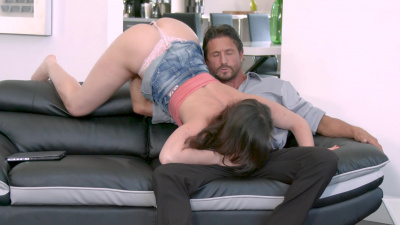 Stepdad can't refuse a sloppy blowjob and sex from kinky stepdaughter Jennifer White