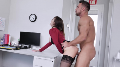 Lexi Luna offers the poor guy a promotion if he does a good job pleasing her pussy