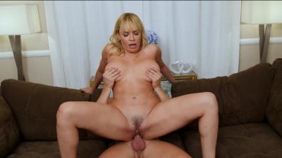 Dana Dearmond finds bigger dick than her husband's