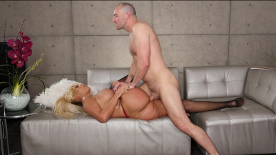 Interior decorater Bridgette B munches on a big cock