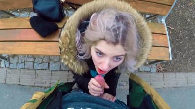 Teen nympho Eva Elfie sucking big boner on the park bench