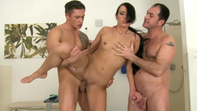 Beautiful Czech Samantha Joons double penetrated