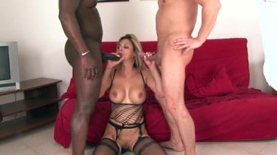 Busty Klarisa Leona interracial double penetration
