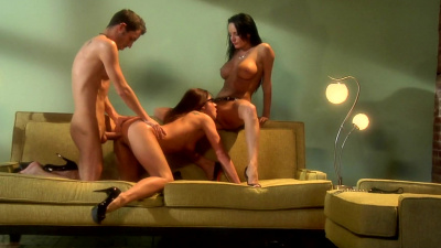 Alektra Blue and Kirsten Price go in a full lust mode