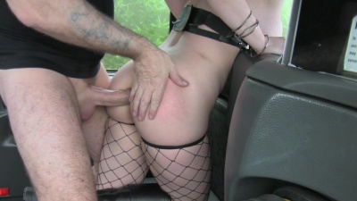 Lucia Love uses a butt plug and gets anal fucked in the taxi cab